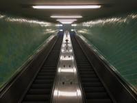 http://www.larsreinholdt.dk/files/gimgs/th-35_escalator_web.jpg